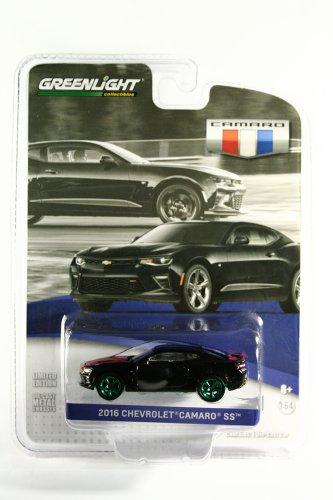 GreenLight GREEN MACHINE 2016 Chevrolet Camaro SS - GM Collection S1