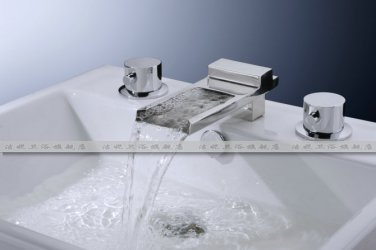 Contemporary Designer Spout Waterfall Bathroom Sink Faucet chrome finish widespread 8815