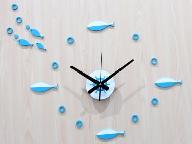 Modern Fish Design Acrylic Wall Clock
