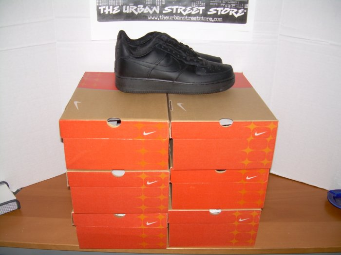 WHOLESALE SAMPLE LOT 6 PAIRS AF1 BLACK