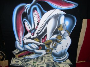 BRNAD NEW MONEY HUNGRY BUGS BUNNY BLACK BIG T