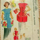 Fifties Cobbler Apron with Potholders Vintage Sewing Pattern McCalls 1713