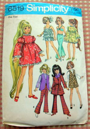"""Crissy 17 1/2""""  Doll Clothes Sewing Pattern Simplicity 8519"""