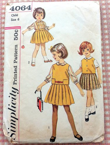 Girl's Pleated Skirt and Tops Vintage Pattern Simplicity 4064
