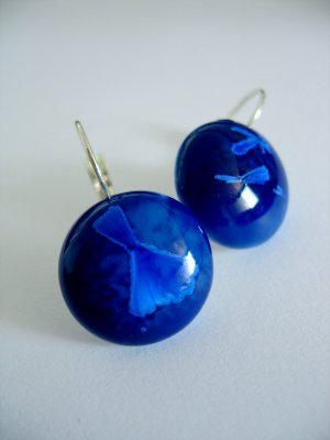 LOOK, it's icing up--- porcelain crystalline french hooks ear pendants in blue by C.C.