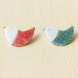 HANDMADE Porcelain bird(a pair) brooch handpainted red and blue
