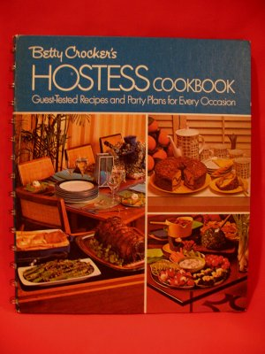 Vintage 1974 Betty Crockers Hostess Cookbook Recipes Collector