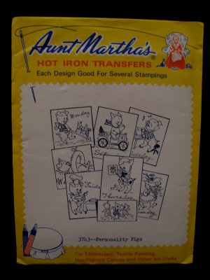 Vintage Aunt Marthas Hot Iron Transfers Personality Pigs Day of the Week Pattern SEALED