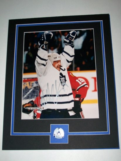 WENDEL CLARK AUTOGRAPHED 8X10 FULLY MATTED