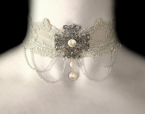 Edwardian Affair Choker