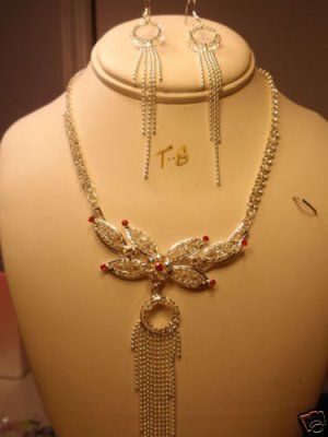 RED GARNET FLOWER SILVER CHOKER EARRINGS NECKLACE NEW NEW FROM CHRISTINA COLLECTION
