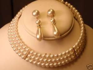 WHITE PEARL 3 STRAND GOLD CHOKER NECKLACE EARRING NEW GOLD 3 STRAND