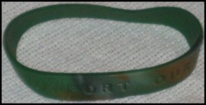 Support Our Troops in Iraq Army Camouflage Wristband Large W12 Patriotic Military Camo