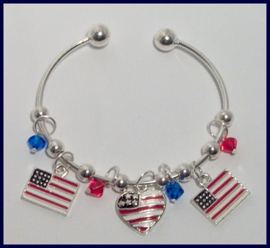 Patriotic American Flag Heart Danglers Charm Bracelet Support Our Troops in Iraq