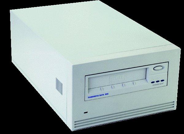 Tandberg 6842UE - SLR 75, EXT. Tape Drive, 38/75GB, New