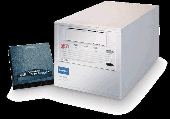 Quantum TR-S12BA-YF - Super DLT 220, EXT. Tape Drive, 110/220GB