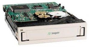 Seagate TC3400-104 - Travan, INT. TR-5 Tape Drive, 10/20GB