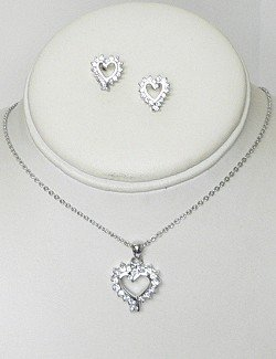CUBIC ZIRCONIA HEART NECKLACE SET NKR645