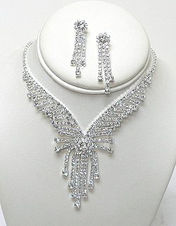 EXQUISITE RHINESTONE NECKLACE SET  NKR586