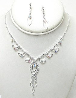 DAINTY TEAR DROP RHINESTONE SET NKR567