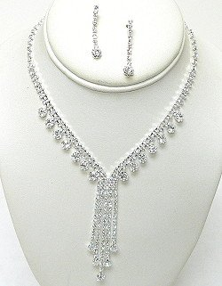 AUSTRIAN CRYSTAL NECKLACE SET NKR563