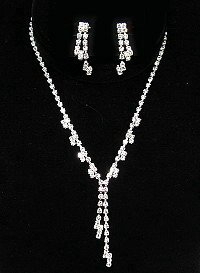 DANGLING RHINESTONE NECKLACE SET NKR111