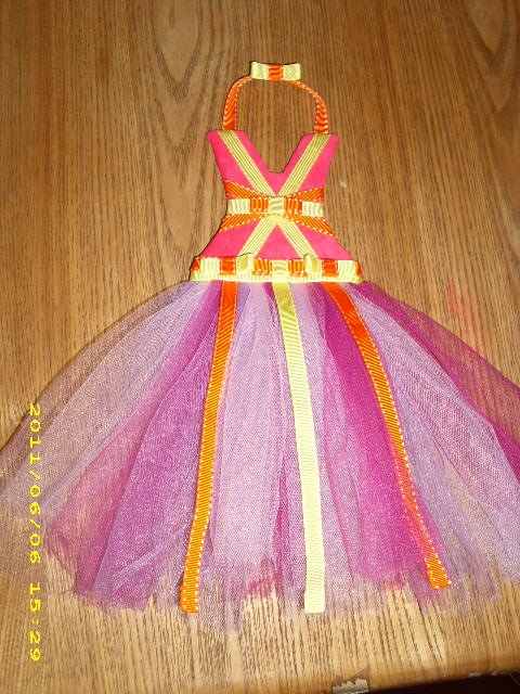 tutu clippie/bow holder