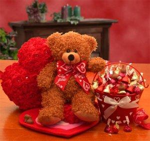 Love & Kisses Bear
