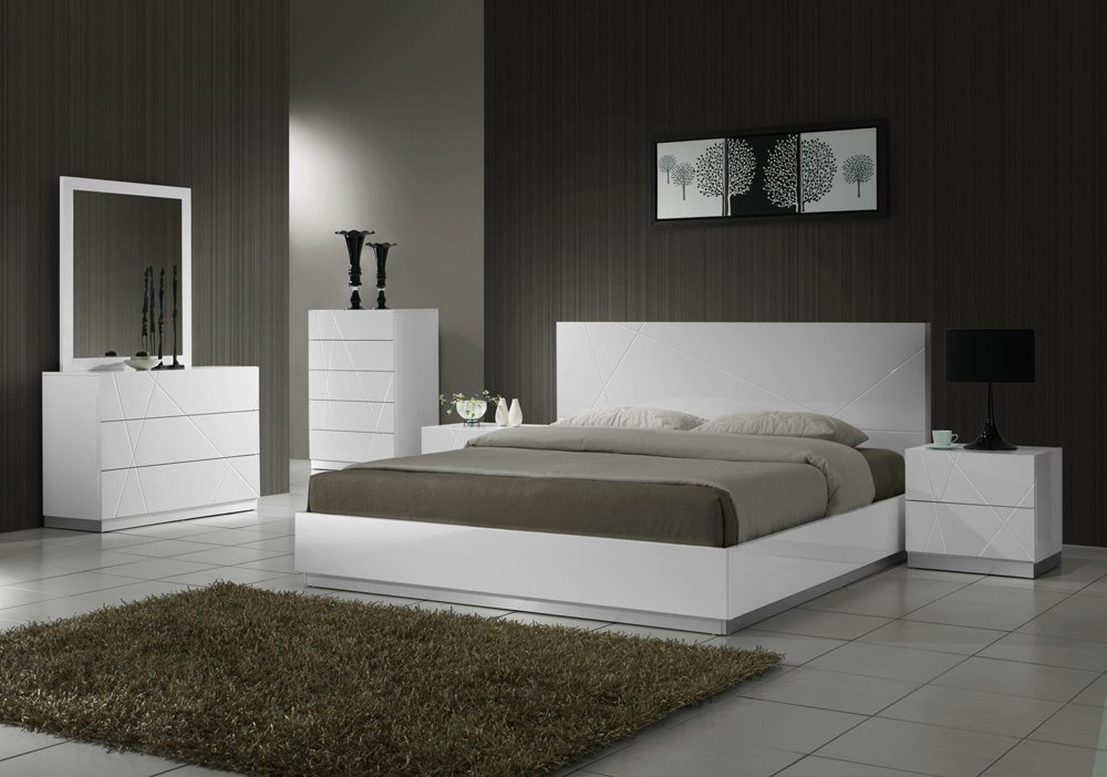 Naples 5pc Queen Size Bedroom Set in White Finish