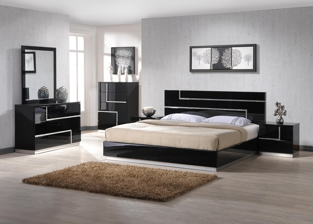 Lucca 5pc Queen Size Bedroom Set in Black Finish