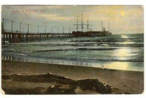 Color Postcard  Scene at Redondo California