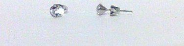 Clear Cyrstal earring studs 5 mm new