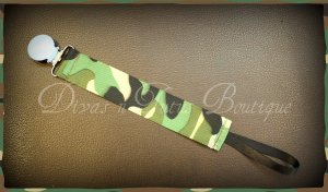 Pacifier Clip - Camoprint grosgrain ribbon