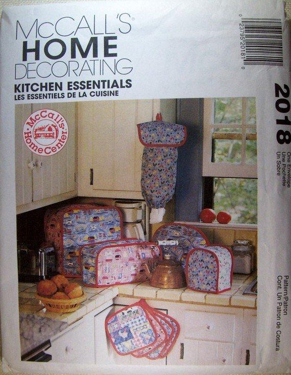McCalls 2018 Home Decorations Kitchen Essentials Sewing Pattern, UNCUT