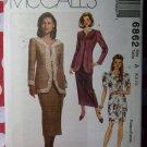 McCall's 6862 Pattern Misses Petite Jacket & Pleated or Slim Skirt, Size 6 8 10, UNCUT