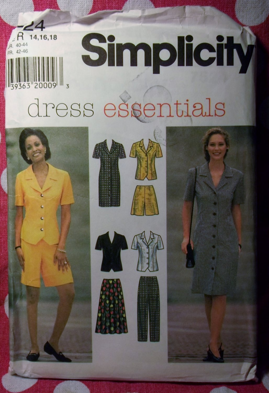 OOP Simplicity 7524 Pattern, Misses Petite Dress Top Pants Shorts Sz 14 16 18, UNCUT