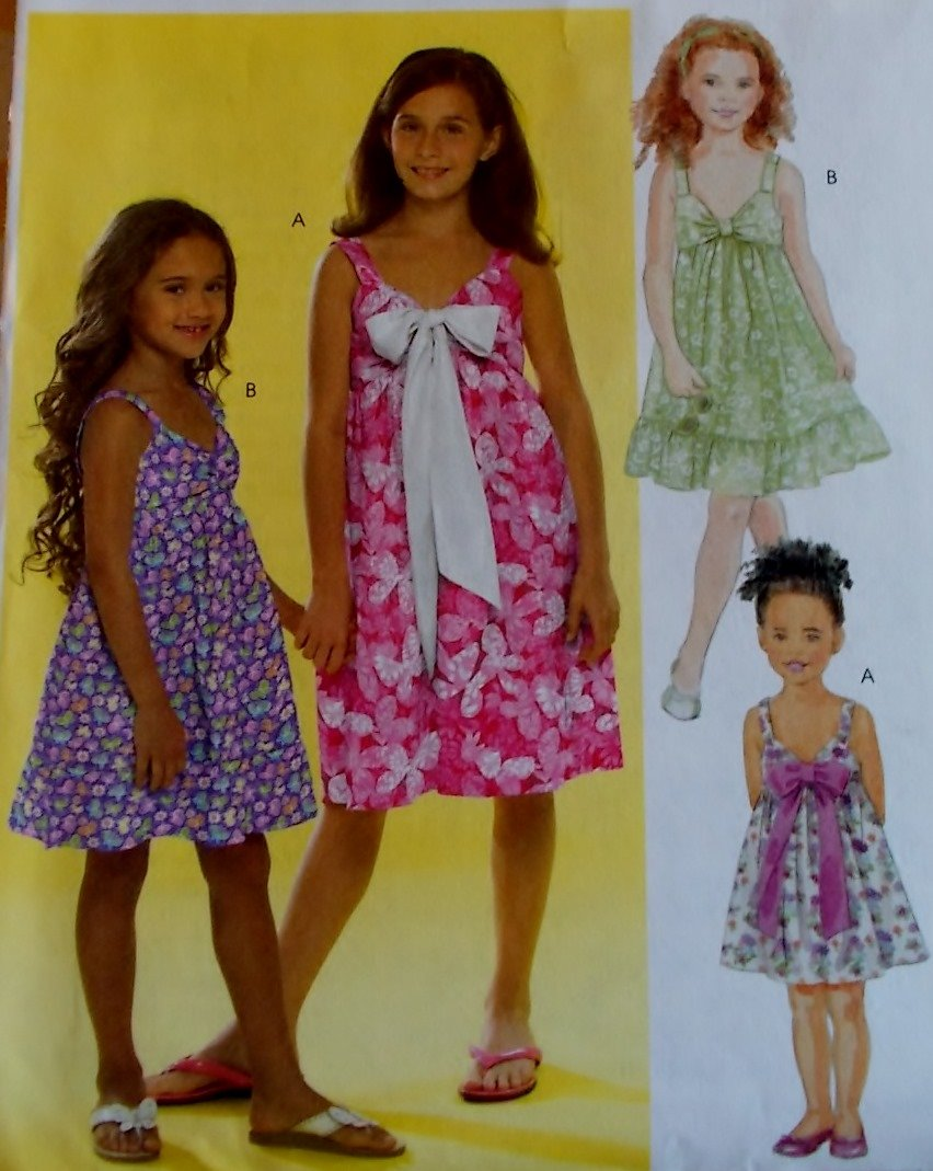 Easy McCalls  M 5571 Girls' Dresses Pattern, Sizes 7 to 14, UNCUT