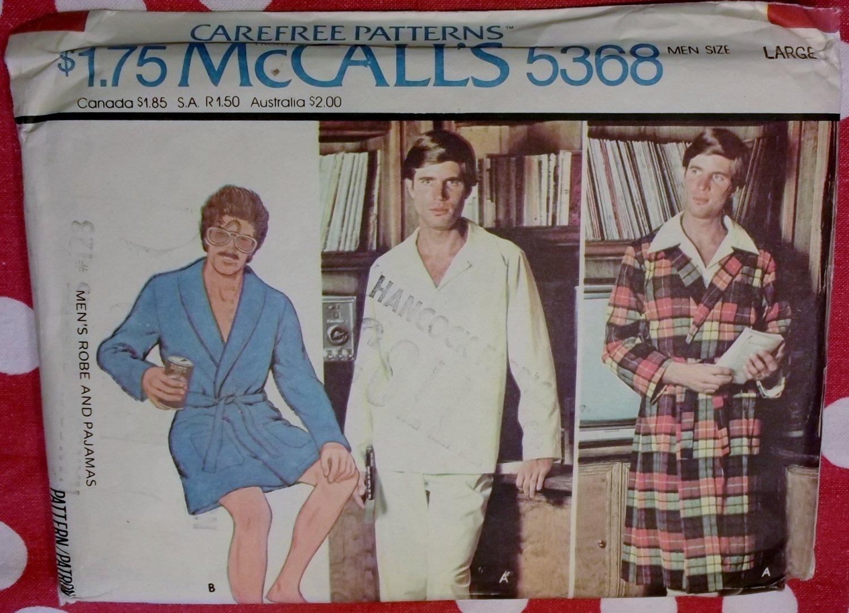 Vintage McCalls  5368 Men's Robe & Pajamas Pattern, Size Large, UNCUT