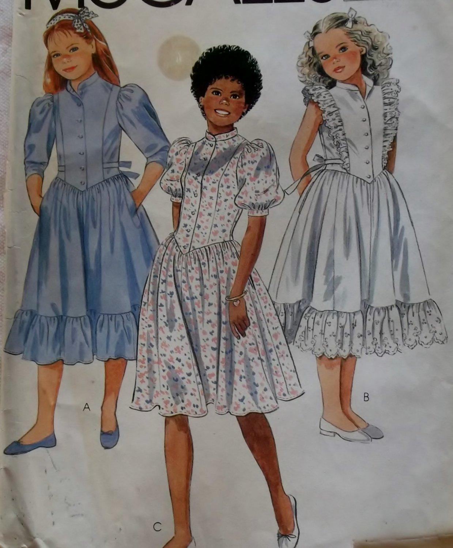 Girls' Dress McCalls 8538 Vintage Pattern, Girls Size 10, UNCUT