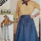 Misses' Side Button  Skirt  Simplicity 5576 Pattern Size 12, Bust 34, Uncut