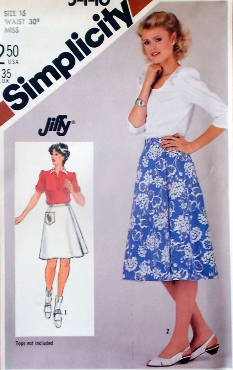 Simplicity 5446 Misses Jiffy reversible skirt in two lengths Pattern, Size 16, Uncut