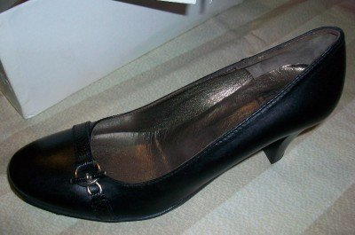 $245 NEW Attiva Italy Elegant Black Leather Heels 7 NIB