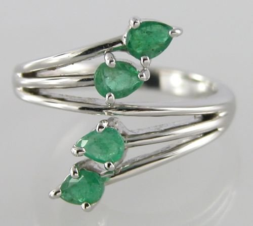 0.85 ct Emerald Sterling Silver Diamond Ring US sz 6.75