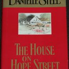Danielle Steel The House On Hope Street - novel book