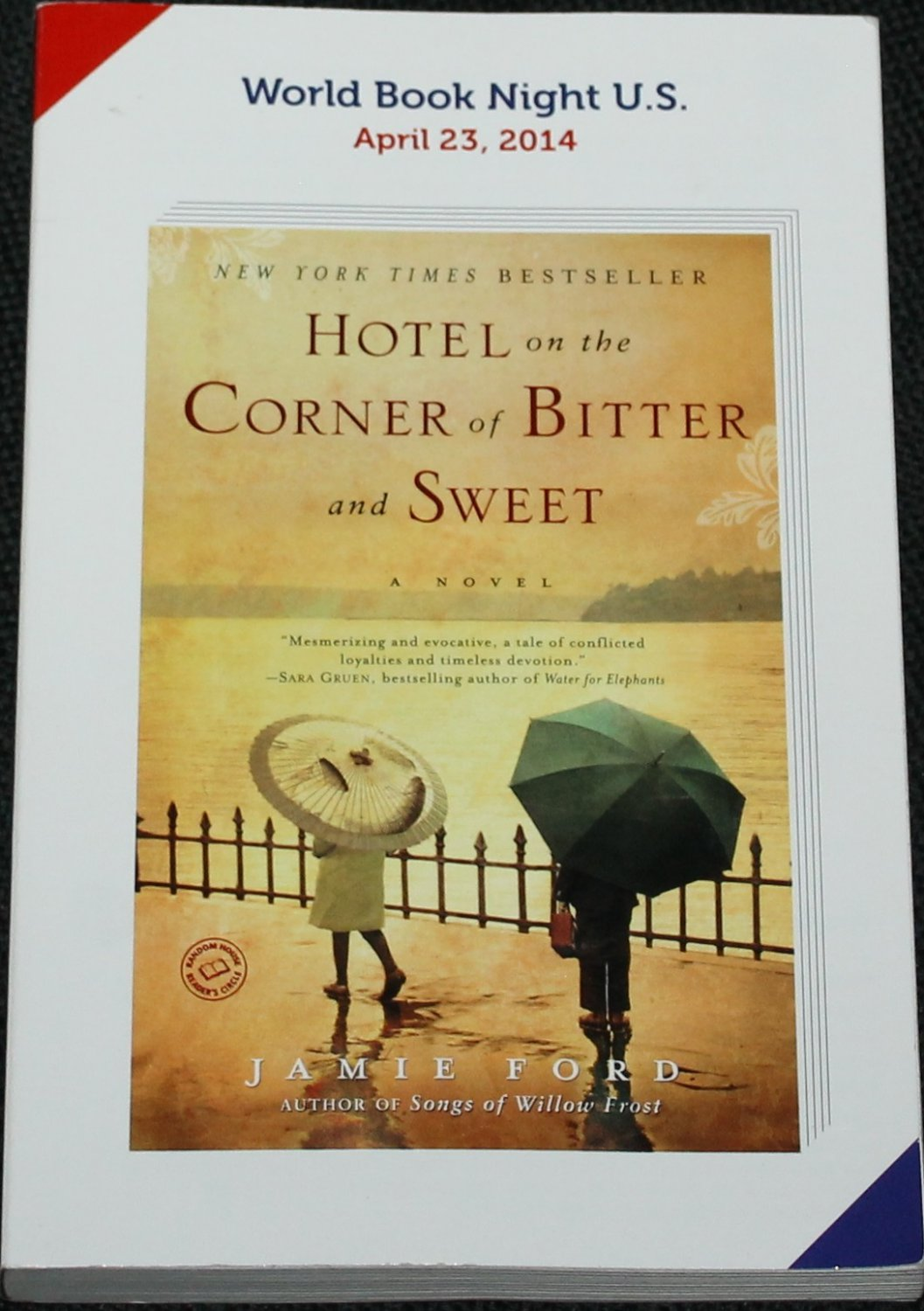 Hotel On the Corner of Bitter and Sweet novel book by Jamie Ford softcover paperback fiction reading