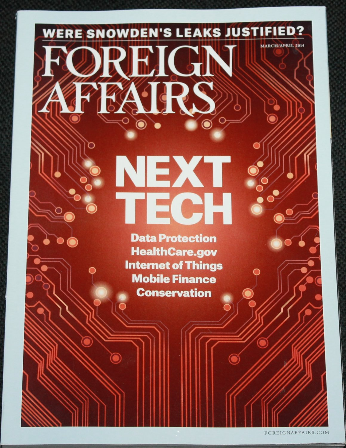 Foreign Affairs magazine April 2014 - political social issues - literary opinions countries