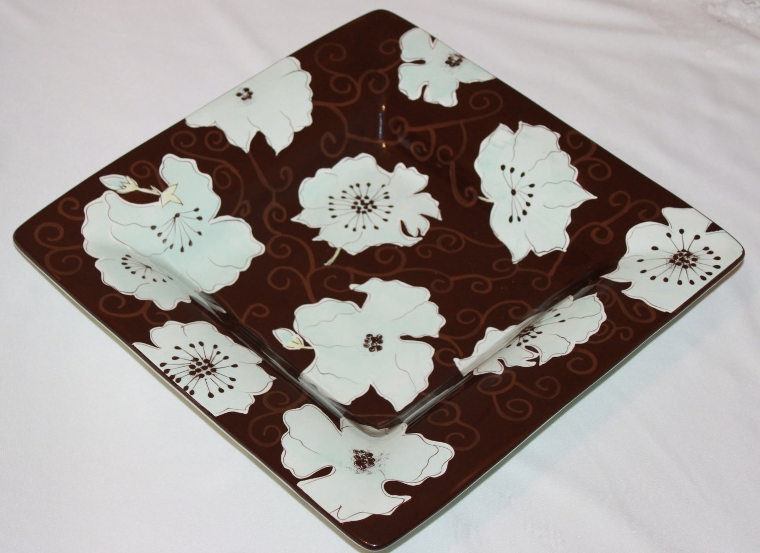 Serving Dish brown with light blue flowers