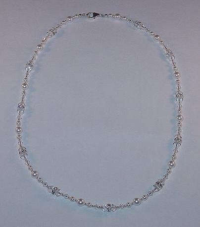 BEAUTIFUL SWAROVSKI CRYSTAL CLEAR, PEARL, STERLING SILVER NECKLACE