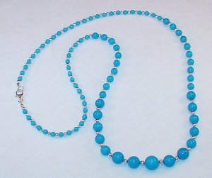 TURQUOISE MOUNTAIN JADE~GRAUATED NECKLACE