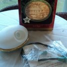"Hallmark 1999 QLX7427 ""Let It Snow"" White Porcelain with Green Trim"
